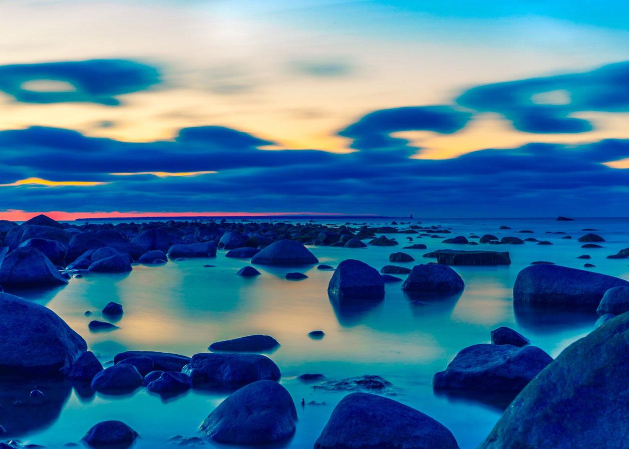 時代とスピリチュアルヘルスを表す海