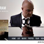 オマー・アクラム──文化の壁を越え、心揺さぶる優雅な音楽の源泉