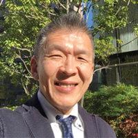 大阪センターの超越瞑想教師の畠中茂樹の写真